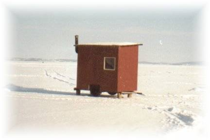 Fishing hut for 4 persons