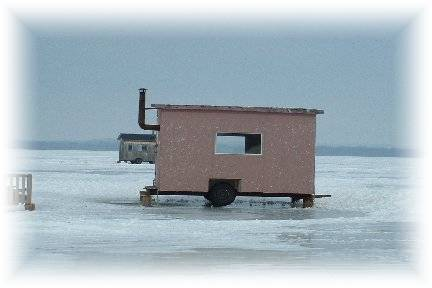 Fishing hut for 9 persons